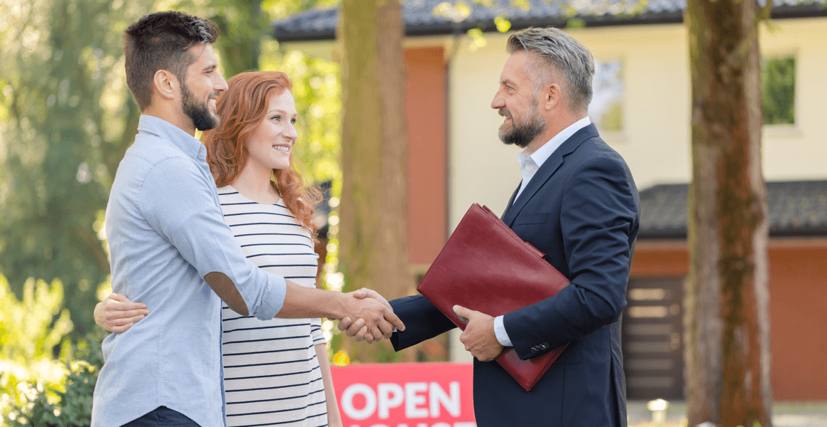 Buying a Home: The Professionals You Should Have on Your Team Featured Image